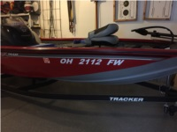 2018 Tracker 175 TXW Bass boat Lettering from Frederick R, OH