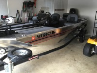 2020/Bass Tracker/Classic Boat Lettering from Ronald E F, MS