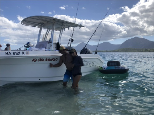 2021 Robalo r200  from Kristian N, HI