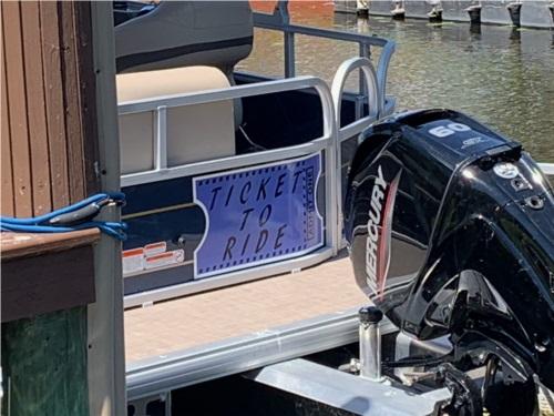 2021 Tracker Party Barge Pontoon  from Leonard C, FL