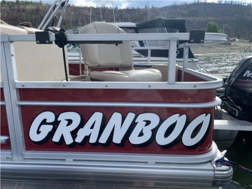Pontoon boat  Lettering from Gerald L, CO