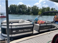 2020 Barletta L25UE Boat Lettering from Tracy M, GA