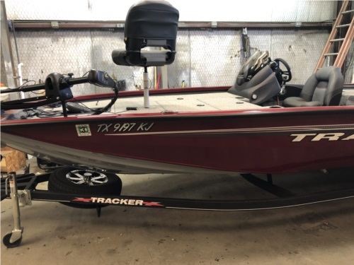 Tracker  Boat Lettering from Rin S, TX